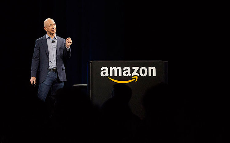 Nhà sáng lập, CEO Amazon – Jeff Bezos là một trong những CEO nổi tiếng hàng đầu thế giới