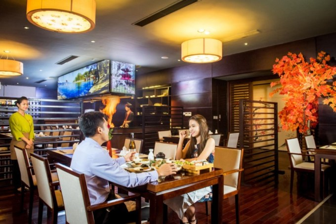 Yếu tố xác định khách hàng mục tiêu của nhà hàng