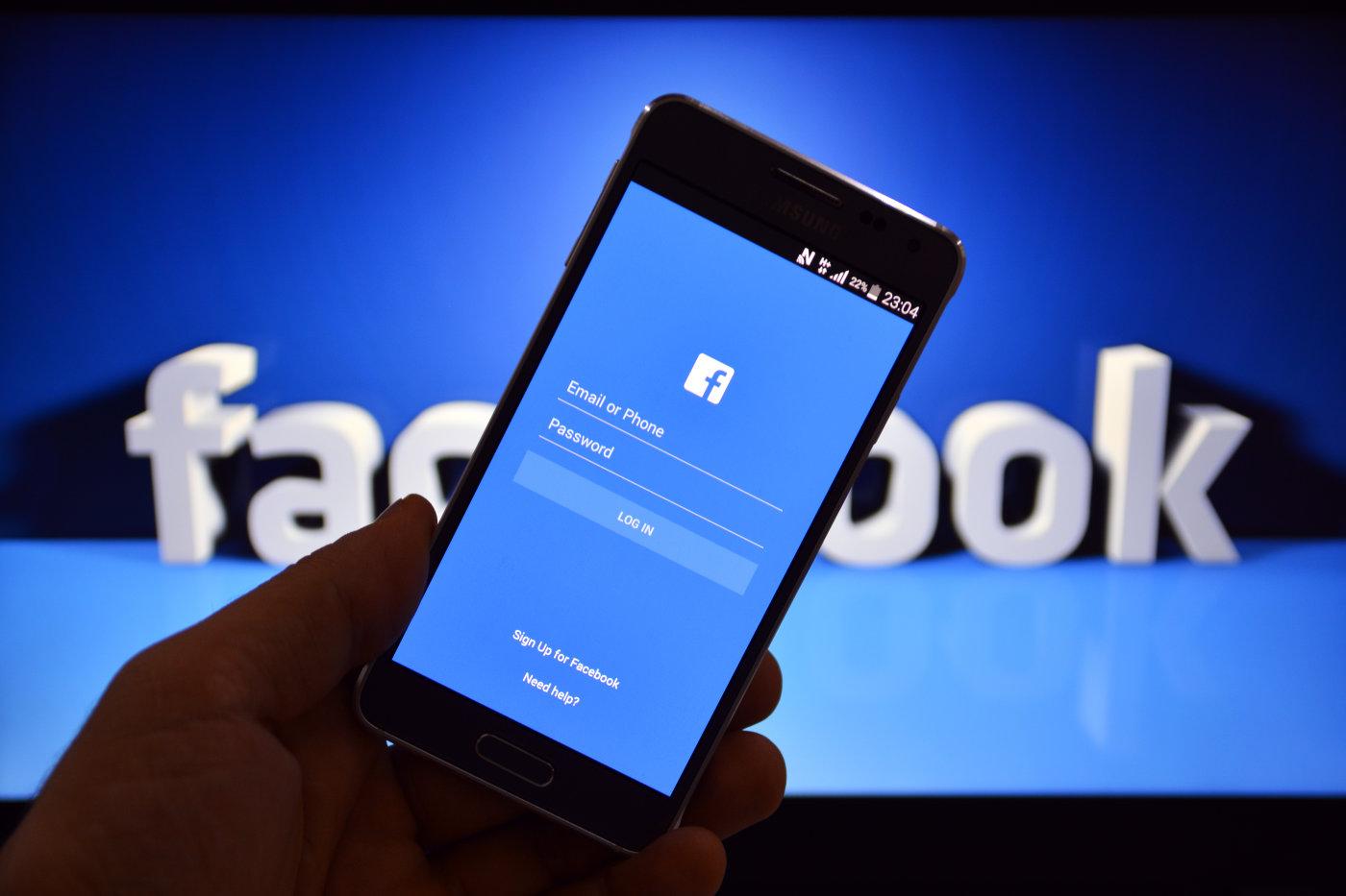 VIA Facebook là gì?